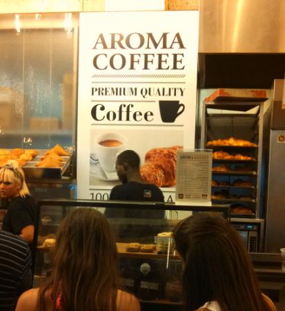 (Aroma Café, Tel Aviv Seaport)
