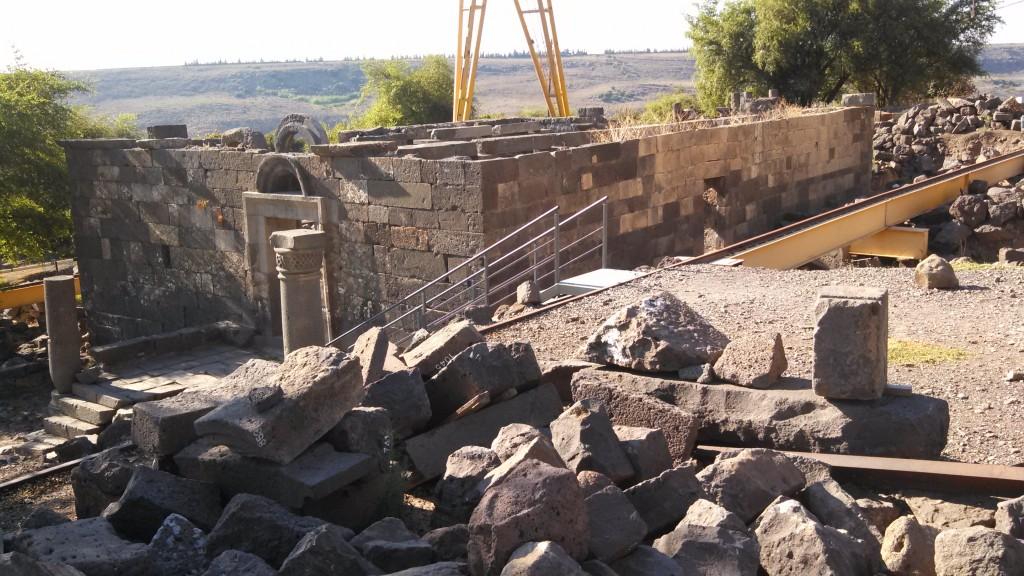 (Synagogue excavation at Umm el Kanatir, Golan Heights, Israel)