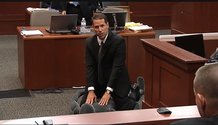Zimmerman Prosecutor over Manikin in Court