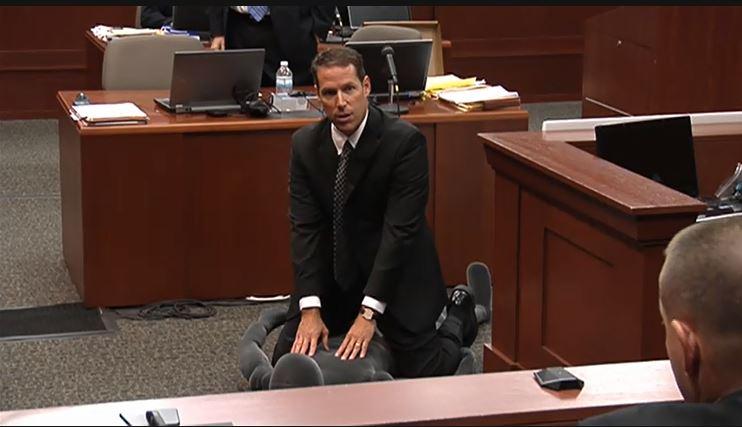 Zimmerman Prosecutor over Manikin in Court