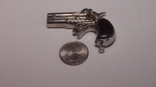 RI Keychain Gun