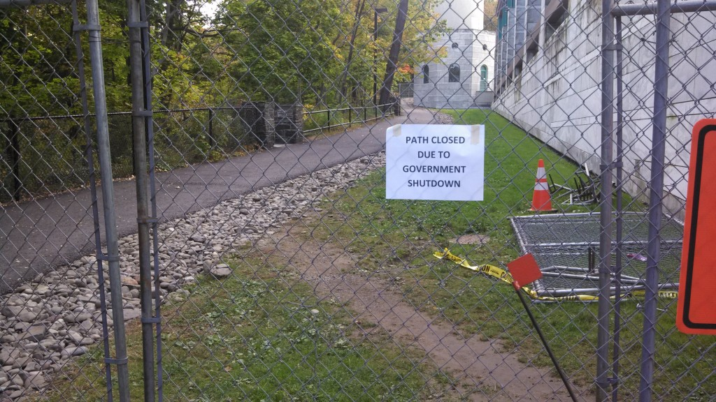 Cornell sign - Path Closed Due to Govt Shutdown