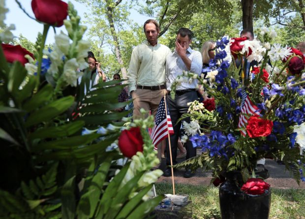 (Roslyn Schulte's boyfriend Bruce Cohn (right) at remembrance, May 25, 2014)(Photo by Laurie Skrivan, St. Louis Post-Dispatch, used with permission)