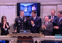ryan-pitts-medal-of-honor-NYSE-gavel2
