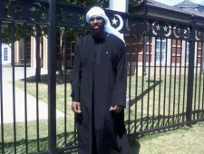 Alton Nolen in Islamic dress