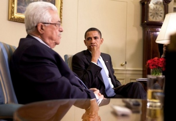 2015-01-05_Barack_Obama_meets_with_Mahmoud_Abbas_in_the_Oval_Office_2009-05-28_3
