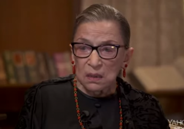 How Ginsburg stol the SOTU show Ginsburg asleep sleep