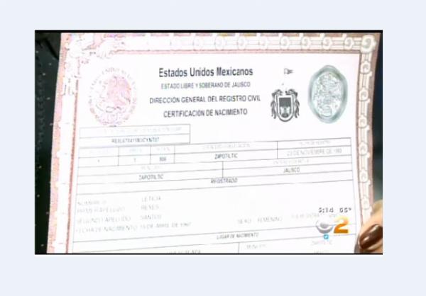 Mexican Birth Certificate w border