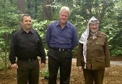 2015-03-17_080154_Barak_Clinton_Arafat