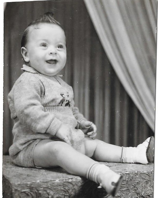 [Leon Kanner as a baby 1948 Uruguay]
