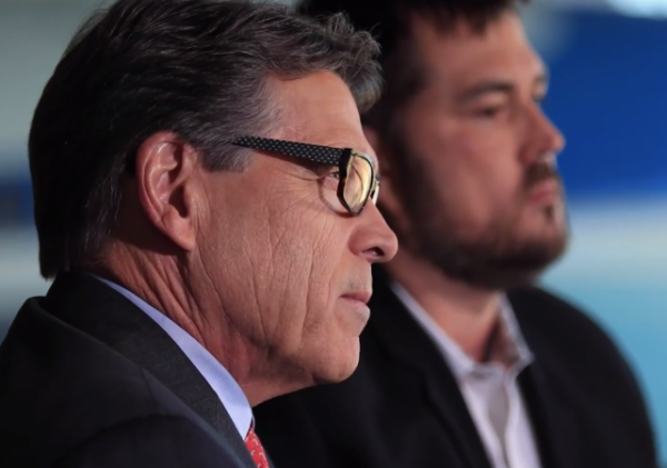 rick perry marcus luttrell veterans military service