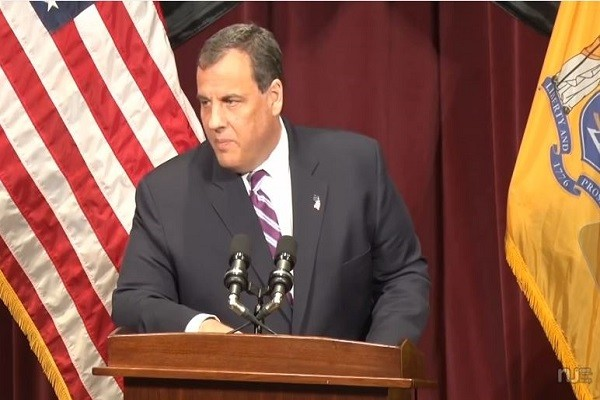 Chris Christie opposing Common Core