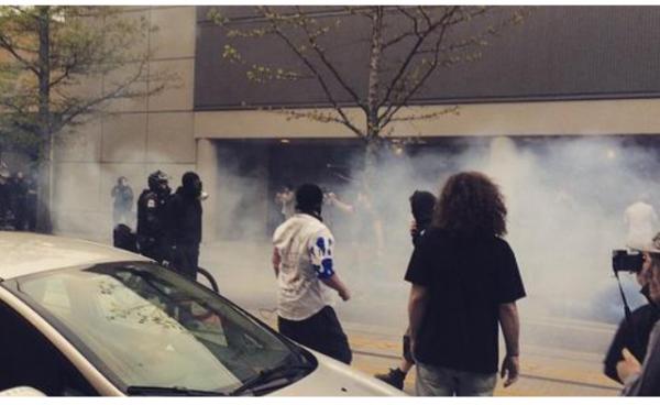 LI  #02b Seattle Protest Violence