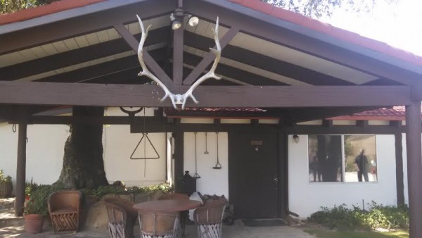 [Reagan Ranch - Front of House]