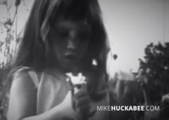 huckabee daisy ad