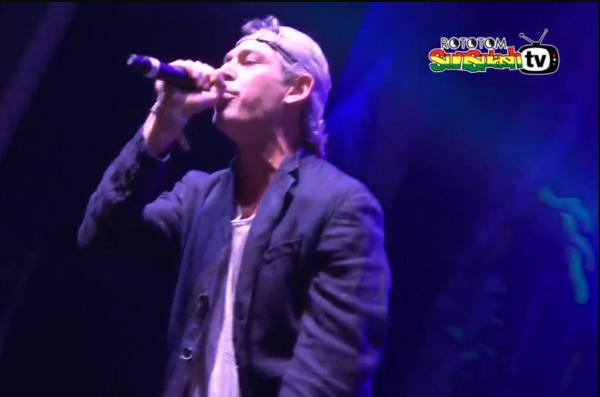 Matisyahu on stage Rototom Sunsplash