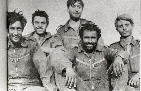 (Avigdor Kahalani (bearded) and his crew in 1973 (Courtesy: IDF))