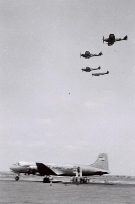 Five planes | Courtesy: Boaz Dvir
