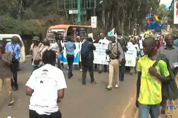 Kenyans protest Obama visit re gay agenda