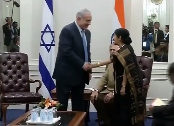 PM Netanyahu meets Indian Foreign Minister Swaraj 2014