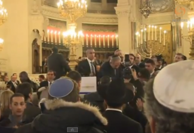 Netanyahu at Grand Synagogue Paris
