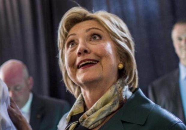Confused Clinton Hillary clinton venn diagram tweet wrong incorrect