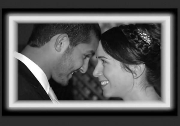 Tuvia Yanai Weissman and wife wedding w border