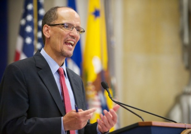 https://en.wikipedia.org/wiki/Thomas_Perez#/media/File:Thomas_Perez--ADA_Department_of_Justice.jpg