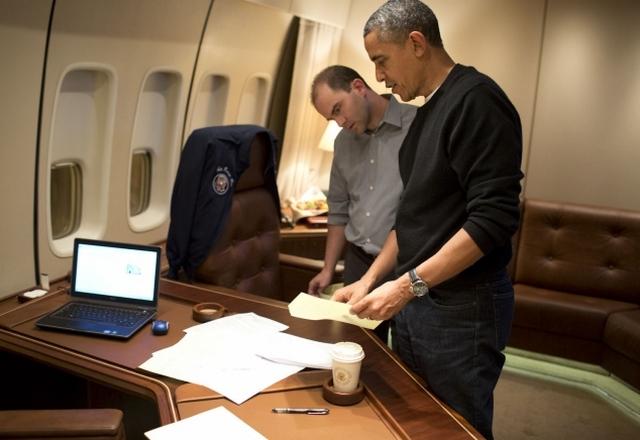 https://commons.wikimedia.org/wiki/File:Ben_Rhodes_and_Barack_Obama.jpg