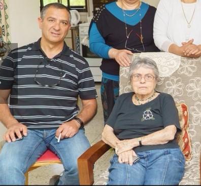 Moshav Aviviv Shimon Biton Reunion With Nurse