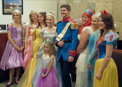 Disney Princesses Show Up For 5-Year-Old's Adoption Finalization Hearing