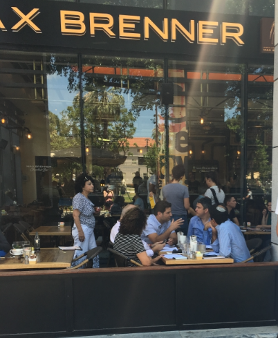 [Diners return to Max Brenner restaurant day after shooting][Photo credit: Legal Insurrection]