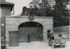 dachau concentration camp 1945 last catholic priest dies
