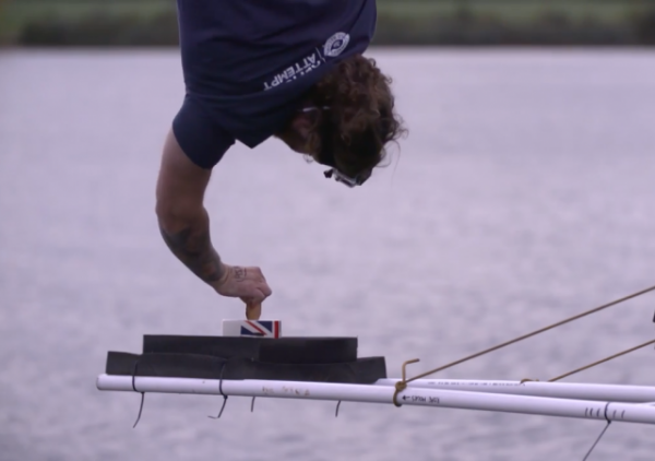 https://www.indy100.com/article/bungee-jump-tea-dunk-biscuit-73-metres-world-record-british-7422871