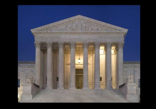 https://commons.wikimedia.org/wiki/File:Supreme_Court_Front_Dusk.jpg