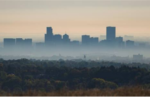 http://research.noaa.gov/sites/oar/EasyDNNNews/12088/620300c1768EDNmain12088Smog-blankets-Boulder-NREL.jpg