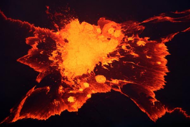 https://volcanoes.usgs.gov/observatories/hvo/multimedia_uploads/600x450/previewImage-1741.jpg