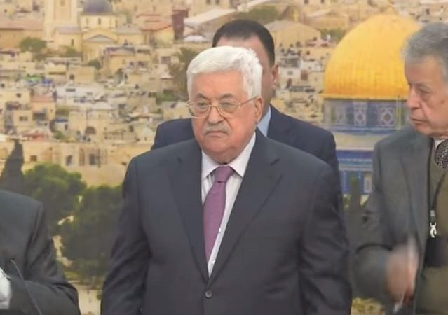 abbas thesis holocaust In his thesis, abbas raised doubts that gas chambers were used for extermination of jews, and claimed that the number of jews murdered in the holocaust might be even less than a million abu mazen claimed that the zionist movement had a stake in convincing world public opinion that the number of victims was high thus, it would achieve.