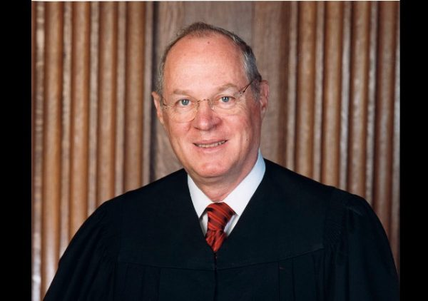 https://commons.wikimedia.org/wiki/File:Anthony_Kennedy_official_SCOTUS_portrait.jpg